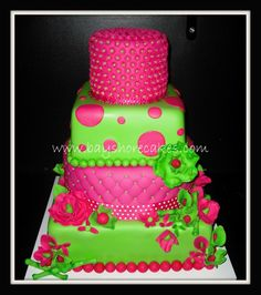 Google Image Result for http://1.bp.blogspot.com/-4awwBdTfEsk/T08Phl-9eBI/AAAAAAAADcQ/e0BeoYNhyjU/s1600/wedding-in-new-york-fuchsia-and-green-wedding-cakes4.jpg