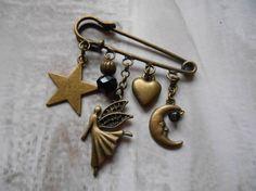 """Broche fantaisie épingle breloque """"Fée et étoile"""" bronze : Broche par alittlesecret"""