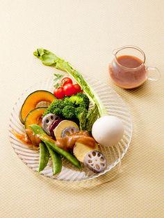 【ELLE a table】温野菜のサラダ しょうゆ麹のフレンチドレッシングレシピ エル・オンライン