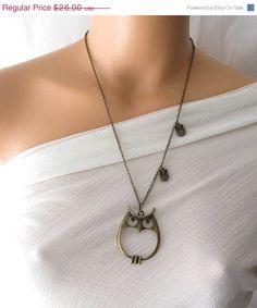 ON SALE owl necklace mom jewelry mommy necklace by KriyaDesign, $23.40