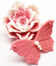 Items similar to Peony Flower Soap with Butterfly - Decorative Gift Soap - Gift Wrapped TOO on Etsy Soap Melt And Pour, Decorative Soaps, Soap Making Recipes, Soap Carving, Peony Flower, Home Made Soap, Pink Peonies, Handmade Soaps, 3 D
