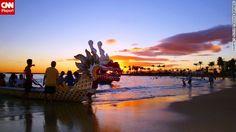 Sunset at the Duke Kahanamoku Lagoon, a popular
