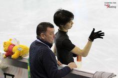 Mr. Orser has two skaters in the final: here, alongside Yuzuru Hanyu  Inside Skatingより
