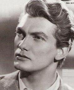Jean Marais. Jean Cocteau's BF. *super sigh*
