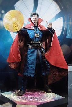 Hot Toys Doctor Strange 1/6 Scale Movie Figure Revealed - Figures - MarvelousNews.com