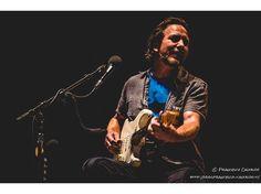 La serata magica di Eddie Vedder a Firenze Rocks: la recensione