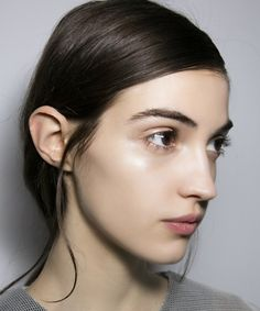 If a better complexion, breathable coverage and sun protection sound appealing, check out the following lightweight foundations and see why you might want to consider making the switch.