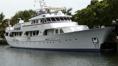 Classic Feadship motor yacht Seagull of Cayman sold | Boat International