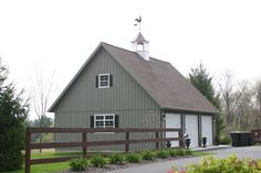 Buy Amish built Detached 3 car garages in PA, NJ, NY, CT, DE, MD, VA, WV and beyond. Detached three car garage in Long Island NY, Newark, Baltimore and beyond.