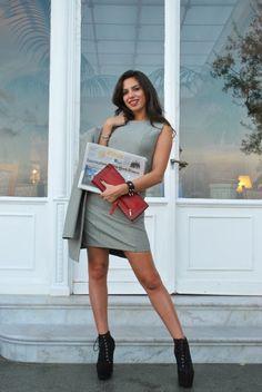 #sorrento #hotelvittoria #PiedDePoule #BiancaJagger #LadyGaga #pochette #giocodidonne #heels #shoes #tailleur #eighties