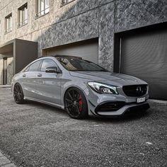 Mercedes Benz – One Stop Classic Car News & Tips Mercedes Benz Cla 250, Mercedes Benz Models, Mercedes Benz Cars, E350 Mercedes, Mercedes Girl, Dream Cars, Cla 45 Amg, Ferrari, Lamborghini Aventador