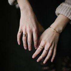 Good morning~Good layering~! #soyoom #soyoomjewelry  #ringparty #pinterest #tumbler #midirings #jewelrygram #style #liketkit #snapchat #nailedit #notd #nailart #instalove #instadaily #fashionjewelry #midirings #layering #레이어드 #레이어드링 #소윰 #제작 #패션주얼리