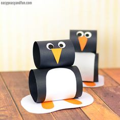 You just have to add this paper penguin craft to your arctic animals crafting session as it's just so much fun and super easy. Grab a sheet of black paper and let the crafting begin. *this post contains affiliate links* When it comes to winter crafts for kids, it's all about penguins and snowmen, and …