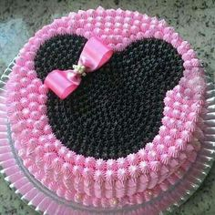 New Cake Desing Anniversaire Fille Ideas Bolo Do Mickey Mouse, Minnie Mouse Birthday Cakes, Bolo Minnie, Minnie Cake, Cake Birthday, Mickey Birthday, Mickey Party, Disney Mickey, Baby Cakes