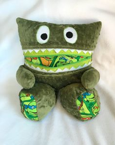 Monster Pillow Pajama Eater Pajama Bag Worry by DrawThatPig Gifts For Boys, Toys For Boys, Worry Monster, Tote Bags For College, Cool Presents, Turtle Pattern, Get Well Gifts, Green Gifts, Sewing Pillows