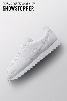 Tramite Nike SNEAKRS  www.nike.com it launch t  7e3cd108ed5