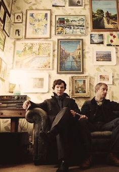 Sherlock Holmes (Benedict Cumberbatch) and Dr. John Watson (Martin Freeman).