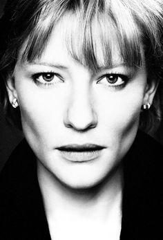 Cate Blanchett. Scene stealer.