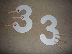Kellys Kindergarten: Counting Workstation - with dot numbers kindie-math-centers Preschool Math, Kindergarten Teachers, Math Classroom, Fun Math, Teaching Math, Math Activities, Kindergarten Counting, Maths, Classroom Ideas