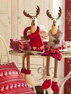 Would You Like To Have An Amazing Christmas DIY Crafts Design Ideas? Christmas Moose, Christmas Sewing, Handmade Christmas, Christmas Holidays, Christmas Projects, Christmas Crafts, Christmas Ornaments, Felt Christmas Decorations, Holiday Decor