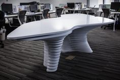 Parametric Office Furniture by HWCD | Urukia
