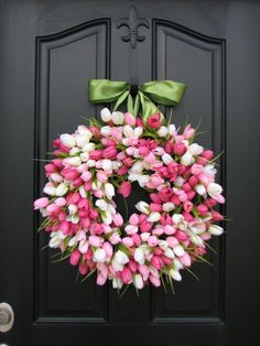 gorgeous! // Tulips Wreath Tulips Front Door Wreath Door by twoinspireyou, $85.00