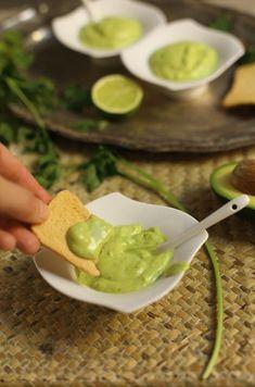 Tapas, Blueberry Mojito, Cocina Natural, Salsa Recipe, Canary Islands, Canapes, International Recipes, Guacamole, Cooking
