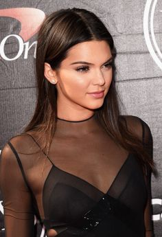 kendall jenner middle part hair - Google Search