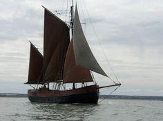 At sail Sailing Ships, Boat, London, Dinghy, Boats, London England, Sailboat, Tall Ships, Ship