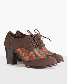 Brogan Rose Print Heeled Shoes   Vintage Style Footwear   Lindy Bop
