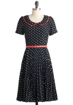 {Put a Swing on It Dress, #ModCloth} If there was a place to swing dance... I'd wear this...