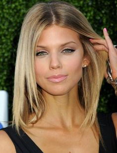 Hairstyles for thin hair-Straight lob