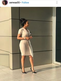 It feels cool walking into that office looking cool too that's why we bring to you the best work dresses to make your day at work a wonderful one. Classy Work Outfits, Office Outfits Women, Classy Dress, Chic Outfits, Dress Outfits, Fashion Dresses, Trajes Business Casual, Business Casual Attire, Best Work Dresses
