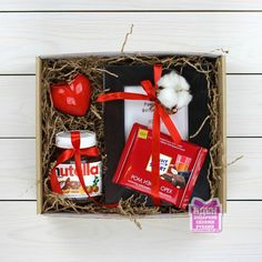 Ideas For Diy Geschenke Weihnachten Kleine Diy Gifts For Boyfriend, Birthday Gifts For Boyfriend, Christmas Gift Box, Holiday Gifts, Christmas Ideas, Nutella Gifts, Gift Baskets For Men, Basket Gift, Birthday Box