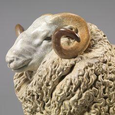 WHITEFACE-DARTMOOR-SHEEP-WILLIAM-02sq.jpg (1000×1000)