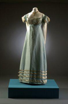 Regency dress 1817-1821