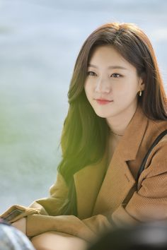 "Kim Sae Ron Goes From Affectionate To Shocked In ""Leverage"" Korean Actresses, Korean Actors, Actors & Actresses, Korean Beauty Girls, Korean Girl Fashion, Kim And Ron, Kpop Girl Bands, Kim So Eun, Best Photo Poses"
