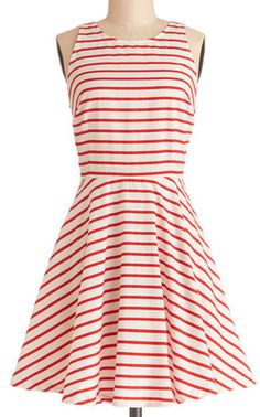 Cute #red striped dress http://rstyle.me/n/emcu3nyg6