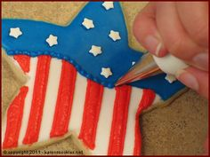 Patriotic Star cookie decorating tutorial