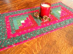Chritmas Log Cabin Quilted Table Runner/ Christmas Fabric of green, red by…
