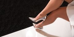 A timeless shade of lustrous silver pumps #soebedar #kimpump #patentleather #madeinitaly