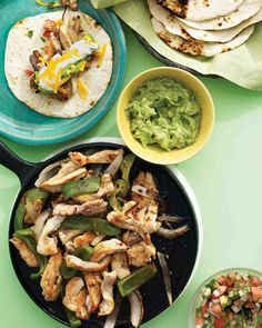 Chicken Fajitas FOR THE MOJO DE AJO 1/4 cup extra-virgin olive oil 3 tablespoons minced garlic (4 to 6 cloves) 3 tablespoons fresh lime juice (from 2 limes) 1 teaspoon red-pepper flakes 1/2 teaspoon coarse salt