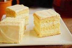 Prajitura cu crema mascarpone si lamaie Romanian Desserts, Romanian Food, Chocolate Butter, Cake Cookies, Vanilla Cake, Sweet Treats, Dessert Recipes, Food And Drink, Cooking Recipes