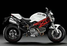 Marca: DUCATI  Modelo: MONSTER  Precio de Lista: $163,000.00  Tiempo de entrega: inmediata  Color: rojo, blanco y negro  Pague en línea!