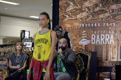 4ª e última noite do Barra Fashion day. Desta vez, Paula Magalhães trouxe looks mais casuais para a passarela: as produções foram inspiradas nas tendências sportwear e normcore. Além do desfile, um papo inspirador com Léo Amaral. #Moda #ModaBrasil #ModaBahia #Bahia #Salvador #Fashion #OOTD #Fashionweek #ShoppingBarra #BarraFashionDay