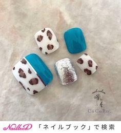 Cute Pedicure Designs, Creative Nail Designs, Simple Nail Art Designs, Creative Nails, Pretty Toes, Pretty Nails, Summer Holiday Nails, Self Nail, Cute Pedicures