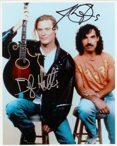 Such a great picture, signed by Daryl Hall and John Oates. When they say I Can't Go For That (No Can Do) during the Sydney Tour.