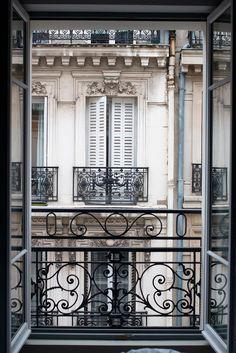 Parisian Apartment, Paris Apartments, European Apartment, Micro Apartment, Dream Apartment, Bedroom Apartment, Bedroom Scene, Little Paris, Paris Photography