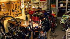 This co-op bike shop will teach you to fix your own damn bike (and that matters) | Grist