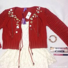"""HP x2❤️LF Red """"Rust"""" Sweater❤️ HOST PICK➡️Street Style Party on 1/5/15 by the fabulous @dreadhead and Best in Sweaters and Jackets Party by the amazing @loanycNWT Emma and Sam Sample from LF (Fall '05 collection)✨, such a beautiful sweater! Never worn! Multiple pearlescent buttons with blue stitching as a highlight! Definitely boho chic!! All eyes will be on you in this piece! ❤️ LF Sweaters Cardigans"""